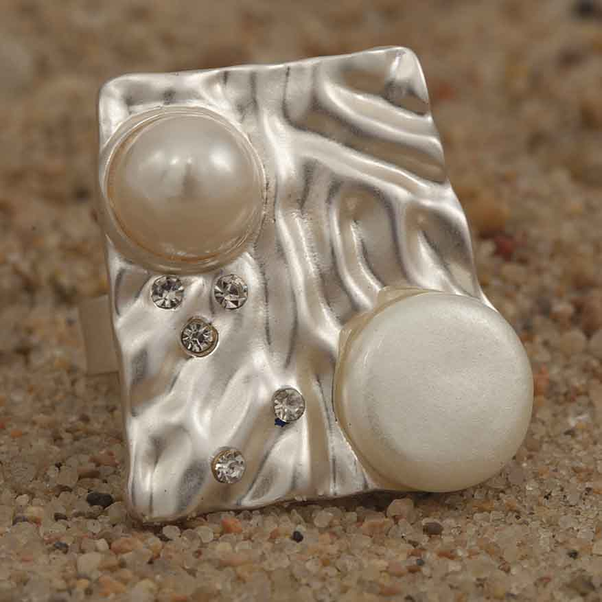 "Silver and Freshwater Pearl 1"" Square Adjustable Ring 70sp"