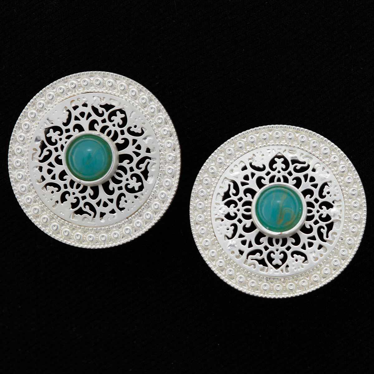 ROUND EARRINGS WITH GREEN STONE