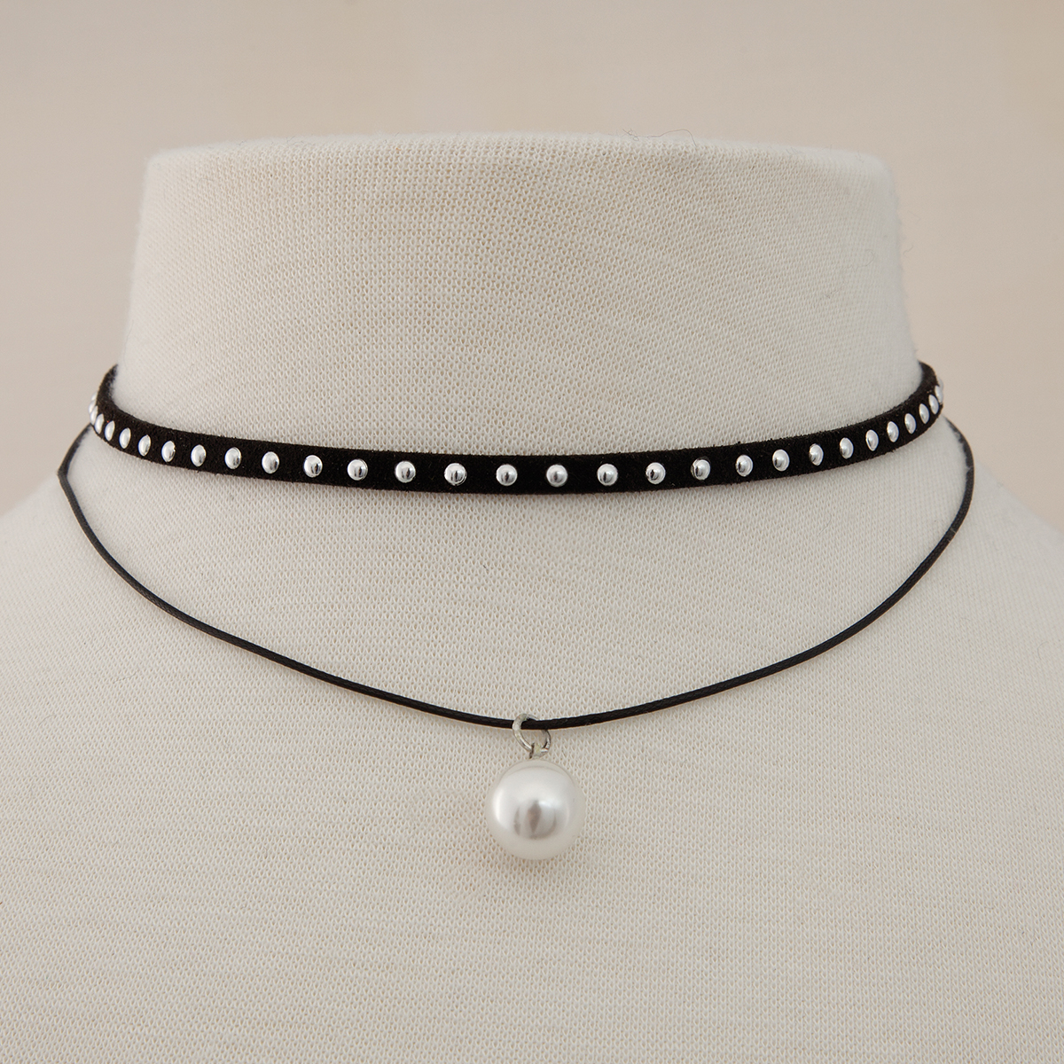 Pearl Dangle and Black Stuffed Double Choker 50sp