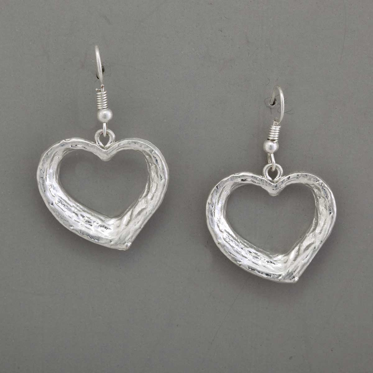 HEART EARRING HAMMERED SILVER