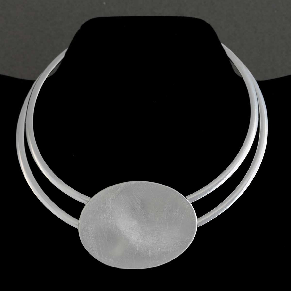 Silver Choker Necklace with Oval Medallion 15""