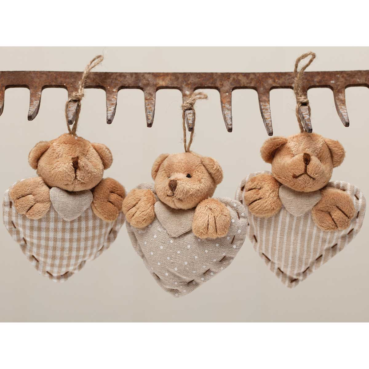 "CHANTILLY BEAR HEART ORNAMENT 4.5"" 3 ASSORTED *70sp"