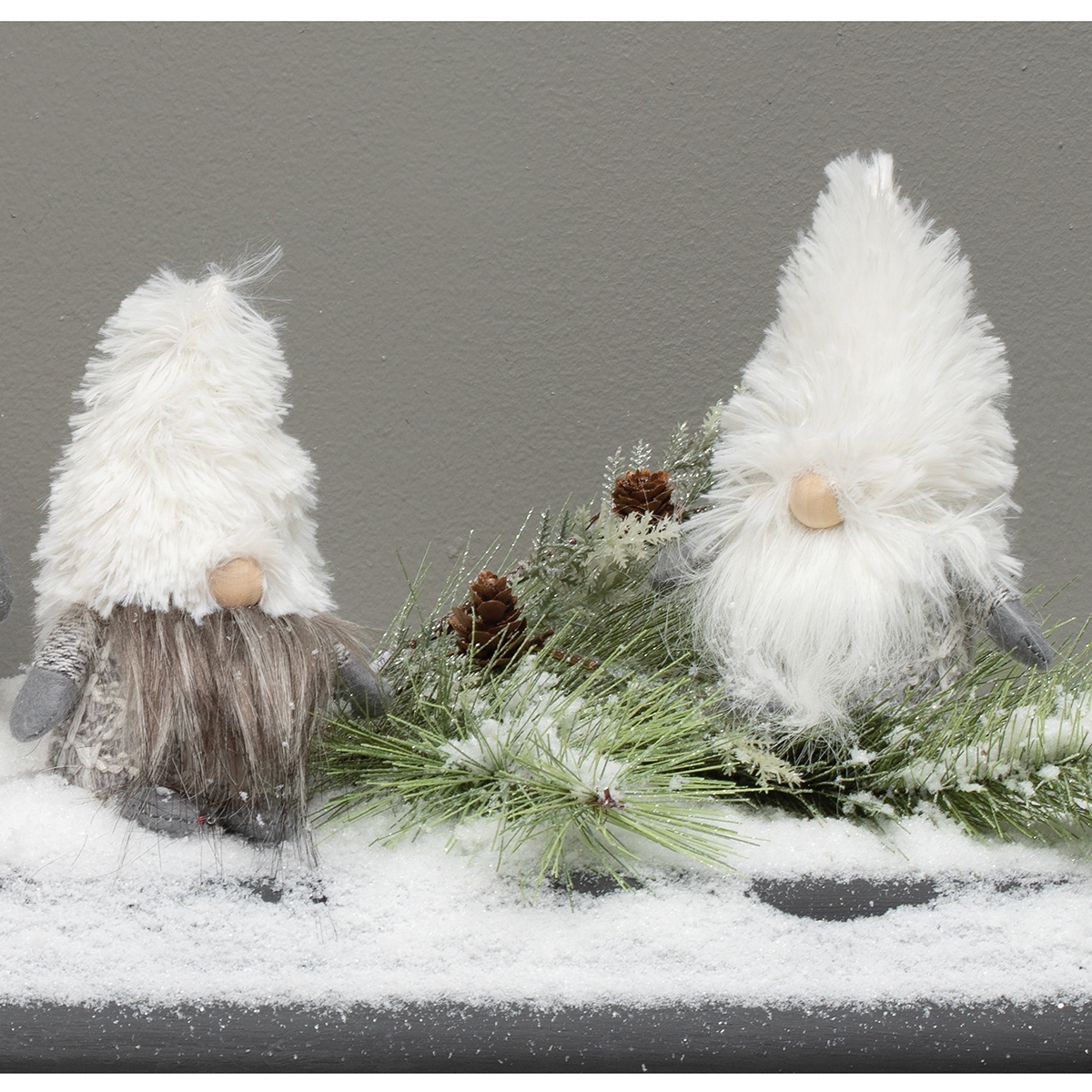 MINI GNOME WITH JINGLE BELL, WHITE FURRY