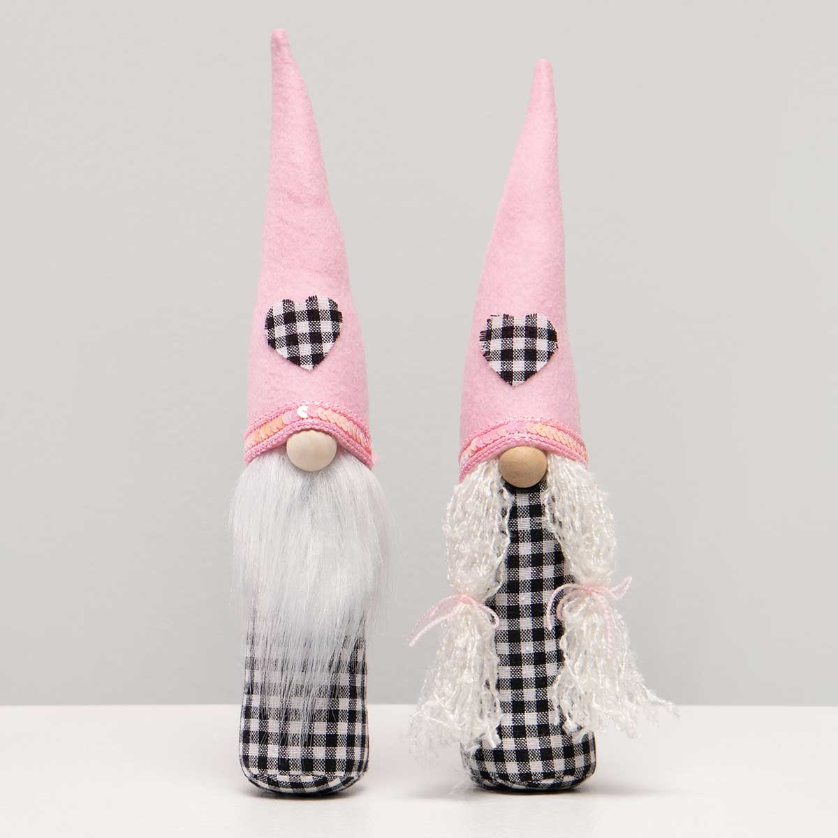 ROMEO AND JULIET GNOME WITH WHITE BEARD/BRAIDS, WOOD NOSE, PINK