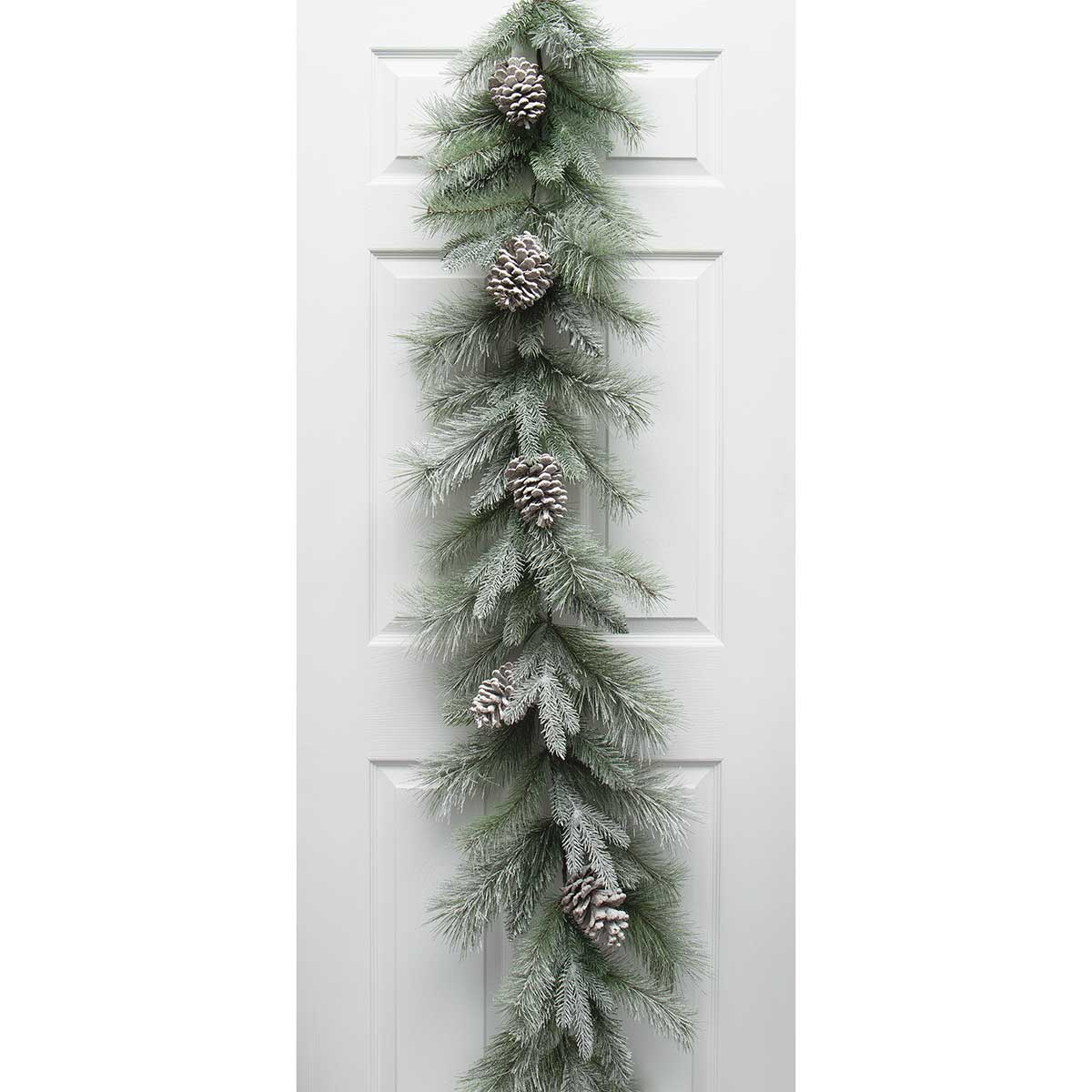 MAJESTIC FROSTED PINE GARLAND GREEN WITH PINECONES AND